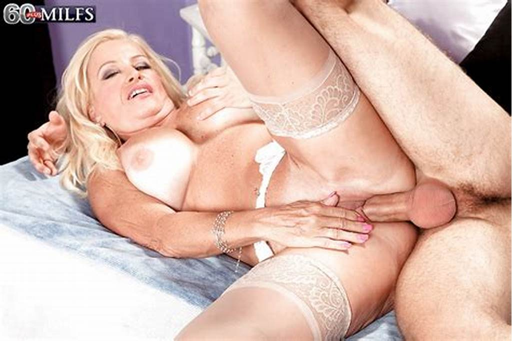 #Sexy #Blonde #Cougar #Julia #Butt #Getting #Banged #In #Twat #And