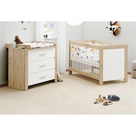 chambre bébé en bois lit évolutif et commode à langer chêne massif naturel et