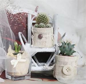 wedding favors bomboniere di matrimonio piante grasse in sacchetto di juta decorate a mano
