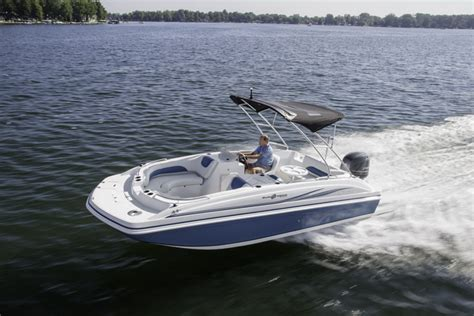 2014 Hurricane Boat by Research 2014 Hurricane Deck Boats Ss 188 Ob On Iboats
