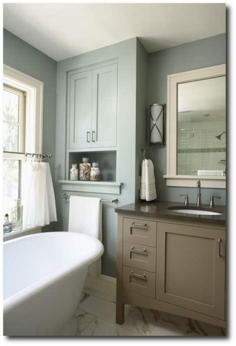 benjamin moore aura bath spa formula  imperial gray