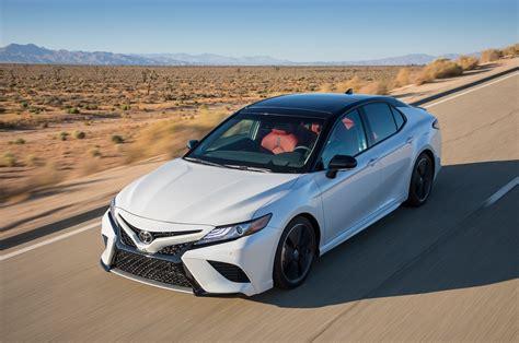 2018 Toyota Camry Xse V-6 Vs. 2018 Honda Accord Touring 2