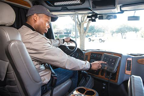 electronic logging devices  struggle  truckers