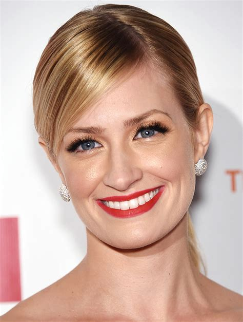 Beth Behrs How She Aged More Than Years Just Four