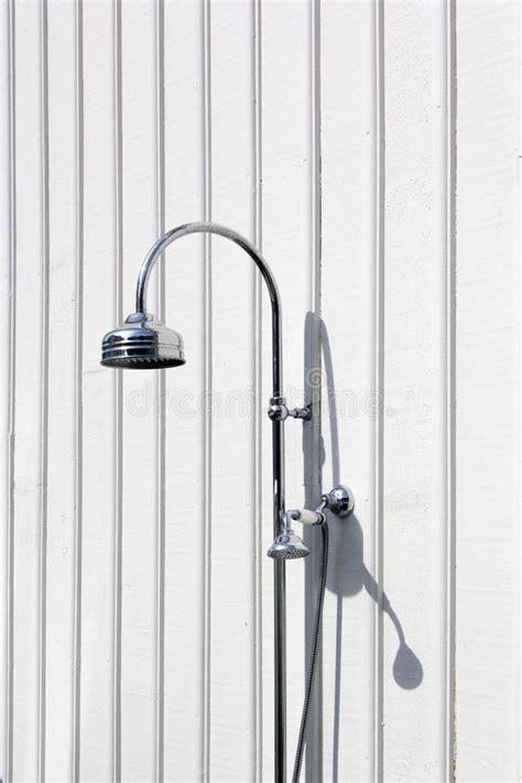 doccia svedese casa di legno e recinto svedesi immagine stock immagine
