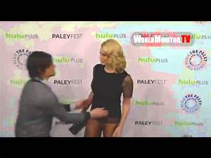 Norman Reedus and Laurie Holden KISS. - YouTube