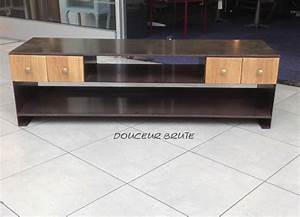 Meuble Tv En Hauteur : meuble tv en hauteur maison design ~ Teatrodelosmanantiales.com Idées de Décoration