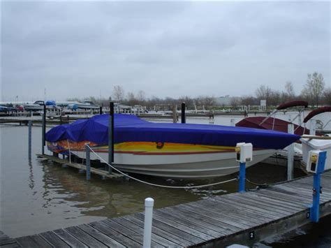 Floating A Boat Lift by Quot Floating Quot Boat Lifts Offshoreonly