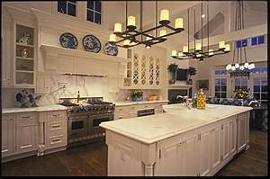 Large Country Kitchen - Traditional - Kitchen - san diego
