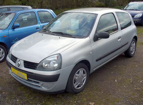 siege clio 2 phase 2 file renault clio ii phase ii 1 2 confort authentique jpg wikimedia commons