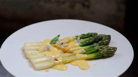 mousseline cuisine asparagus with mousseline sauce asperges sauce mousseline