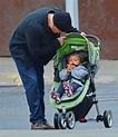 Stella Damon Photos Photos - Matt Damon Takes Daughter ...