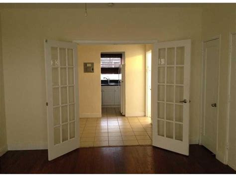 deco flat for sale miami deco apartment building for sale 12 units 3 100 000