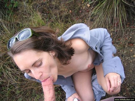 Outdoor Blowjob From A Kinky Amateur Wife
