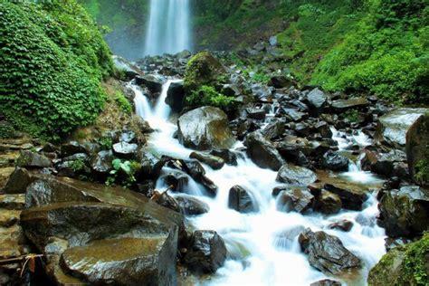 mitos mengerikan air terjun grojogan sewu tawangmangu