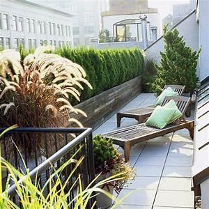 Immergrüne Pflanzen Für Balkonkasten : 10 ideen f r balkon und dachterrasse gr ne oase in der stadt gestalten ~ Markanthonyermac.com Haus und Dekorationen