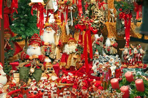 european christmas decor top 10 markets in italy