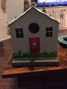 Birdhouse, Tag