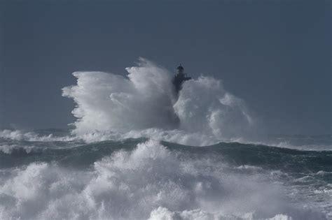 quand la mer d iroise blanchit temp 234 te ruzica le