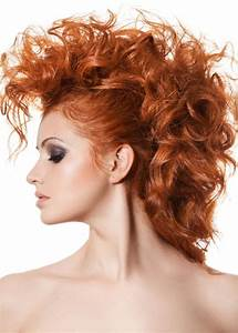 16 Super Charming Hairstyles For Long Curly Hair Pretty