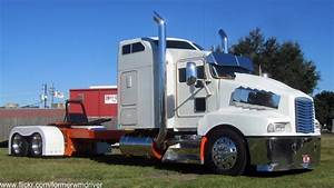 Custom Kenworth | Saw this custom truck sitting in ...