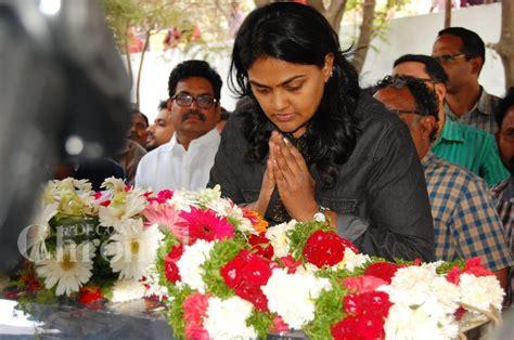 actress kalpana funeral mollywood stars pay last respects to actress kalpana