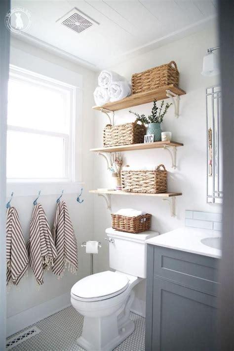 Rental Apartment Bathroom Ideas by 47 Clever Small Bathroom Decorating Ideas Apartment