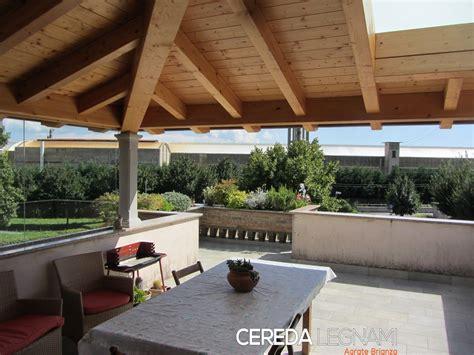 montaggio tettoia in legno tettoie di legno cereda legnami agrate brianza