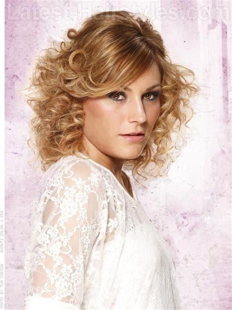 sexy short curly hairstyles haircuts