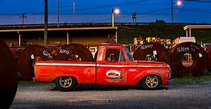 Garage Ford Montgeron : another iconic ford f 100 build from big oak garage ford ~ Gottalentnigeria.com Avis de Voitures