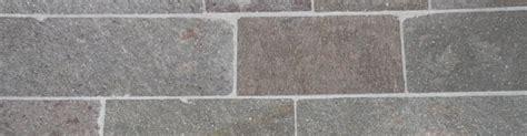 piastrelle in porfido prezzi cubetti di porfido per pavimentazioni da esterno