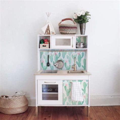 papier adh駸if cuisine rouleau adhesif meuble cuisine aruhe auto adh sif stickers de cabinet en top