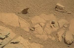 Curiosity Finds a Weird 'Ball' on Mars