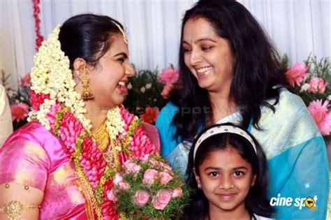 actress kathi karthika age suja karthika marriage photos wedding photos 13