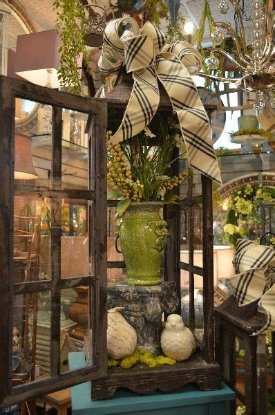 Decorating Ideas With Lanterns by Best 25 Large Lanterns Ideas On Decorating