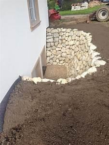 Trockenmauer Bauen Ohne Fundament : 8 besten lichtgraben bilder auf pinterest kellerfenster ~ Lizthompson.info Haus und Dekorationen