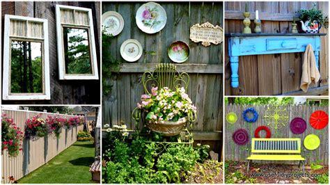 Backyard Fence Decor by Top 23 Diy Garden Fence Decorations To Mesmerize Pedestrians