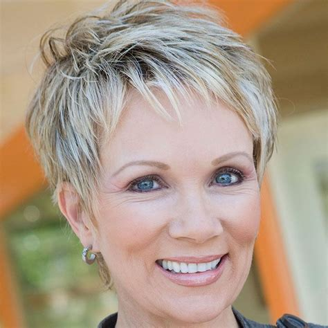 30 gorgeous hairstyles for women over 50