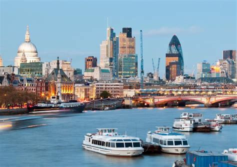 hour hop hop sightseeing cruise thames golden tours