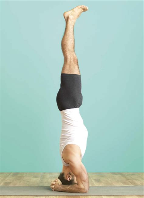 Sirsasana is often referred to as the king of all yoga poses and rightly so, since it is one of the practice's most difficult to master. Sirsasana | Marla Apt