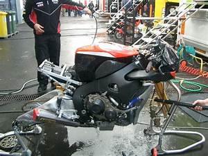 Motorrad Kühler Reinigen : pflege mit dampf reinigen biker stammtisch motorrad online24 ~ Orissabook.com Haus und Dekorationen