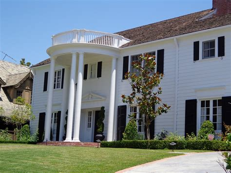 colonial architecture colonial style homes 7 characteristics that this