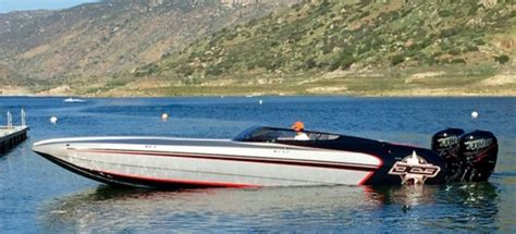 Ark Boat Race by 108mph On Stock R400 S Not Bad At All The Hull