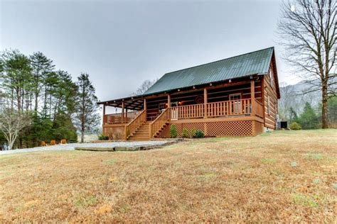 townsend tn cabins cabin with tub townsend tennessee