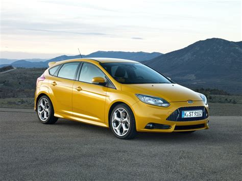 ford focus st  car  buy  nominee