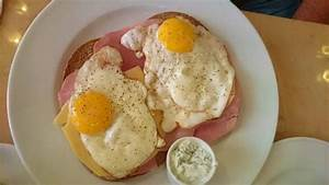 Frühstück Bestellen Köln : bar schmitz in k ln fr hst ck mit belgischem jugendstil ~ A.2002-acura-tl-radio.info Haus und Dekorationen