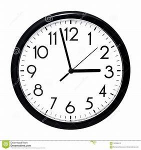 Horloge Murale Blanche : horloge murale blanche d 39 isolement sur le fond blanc image ~ Teatrodelosmanantiales.com Idées de Décoration