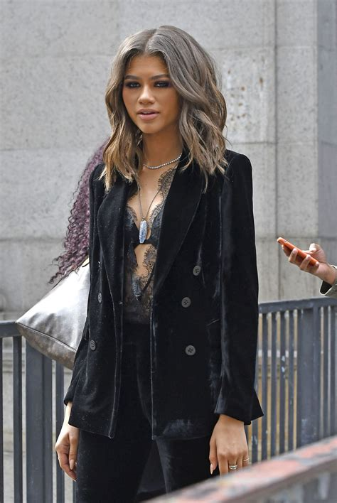 Zendaya Coleman Style Out In Nyc 992016