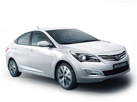 New Model by Hyundai Verna Vs New Model Facelift 2015 Pics Details