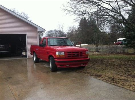 purchase   ford  lightning great condition